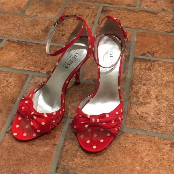 e5e60b440ff Guess Satin Polka Dot heels